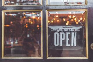 facade-ouverture-d-un-restaurant